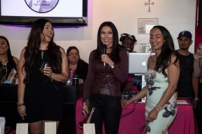 Vicki Oh!, ​​LeeAnne Locken and Raquel Gonzalez. Photo Credit: Hennessy